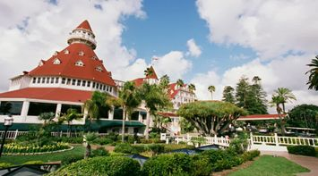 title: The Picturesque Hotel del Coronado in San Diego