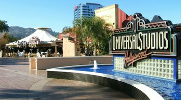title: Universal Studios Hollywood Fountain in Los Angeles