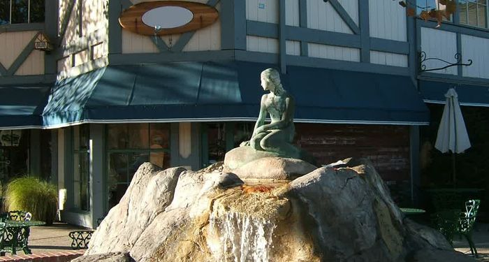 title: Bronze Lady Statue in Solvang