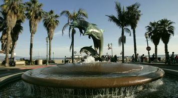 title: The Santa Barbara Dolphin Fountain Landmark
