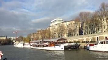 A Lovely Bateaux Mouches Tour on the Seine River Video