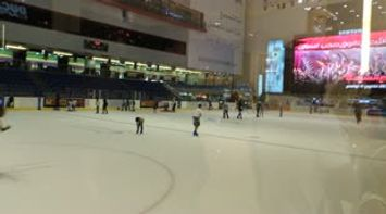 title: Ice Skating Video of Dubai Mall Entertainment