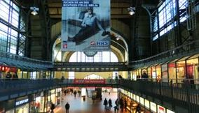 title: Video of the Busy Train Station Interior of Hamburg