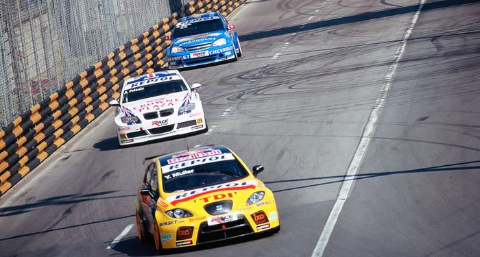 title: Car race passion Macau