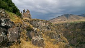 The peaceful Saghmosavank Armenia