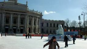 Video Depicting Winter Holiday Fun in Vienna Austria