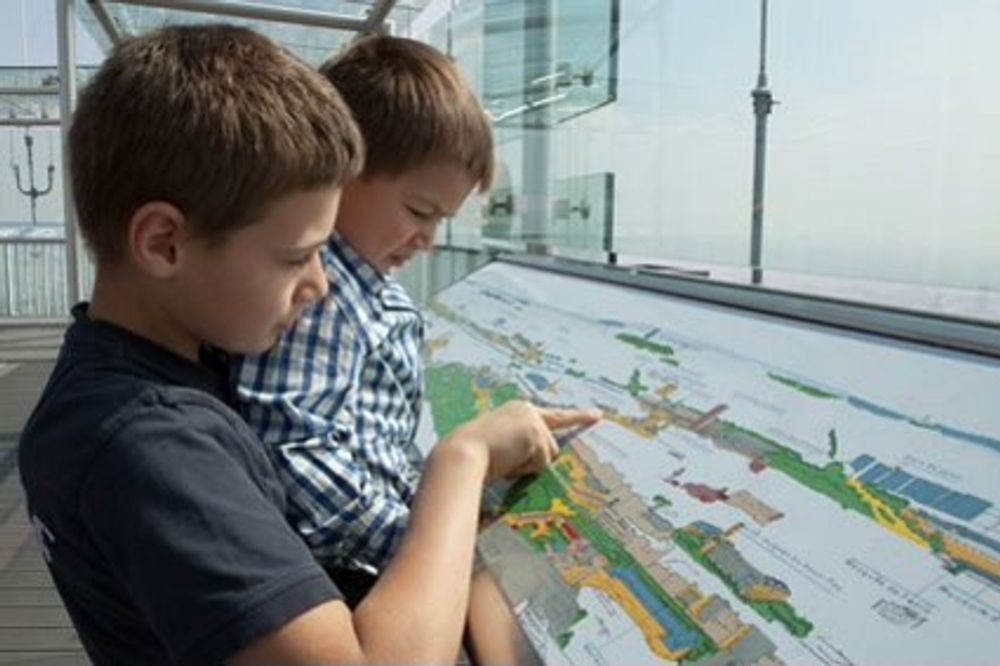 title: Kids Enjoying the Tour Montparnasse 56 Experience
