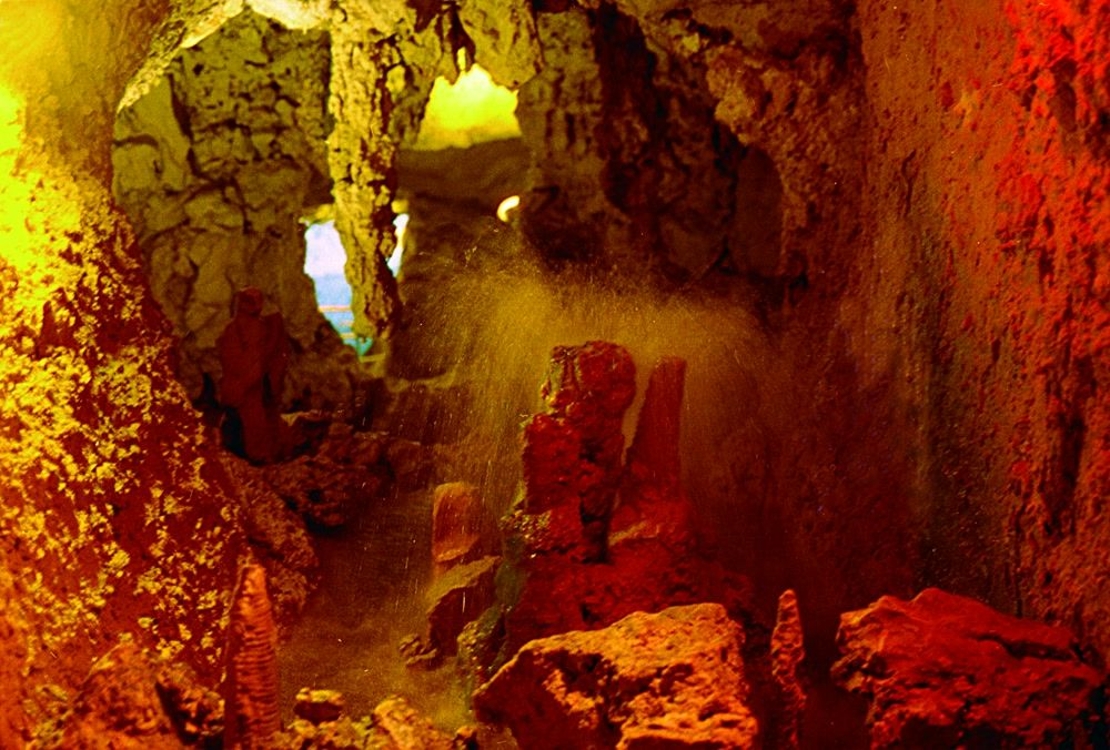 title: Natural Water Fountains inside the Caves of Kfrahim