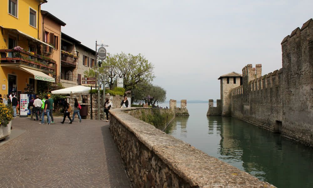 title: Scaliger castle sirmione