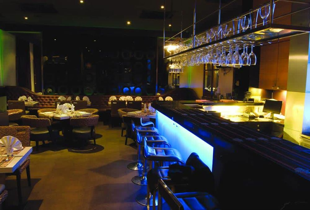 Mantra Dining Bar