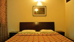 Hauz khas Service Apartments for rent