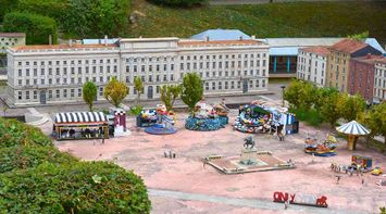 title: France Miniature Park