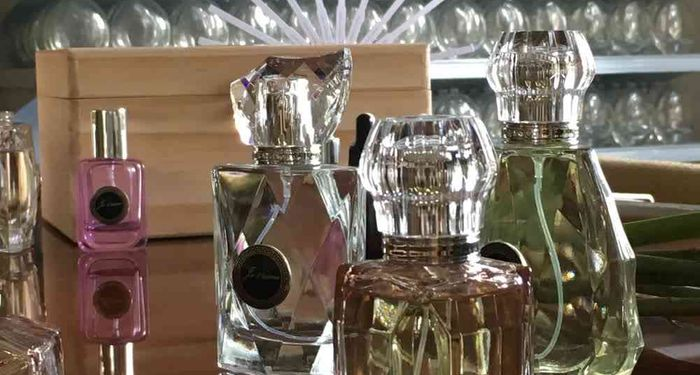 title: Bespoke Perfume Making workshop  Take home 75ml